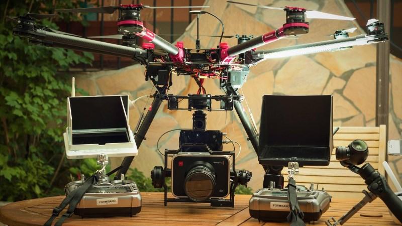 Riprese aeree con drone DJI S1000 con 2 radiocomandi Taranis plus